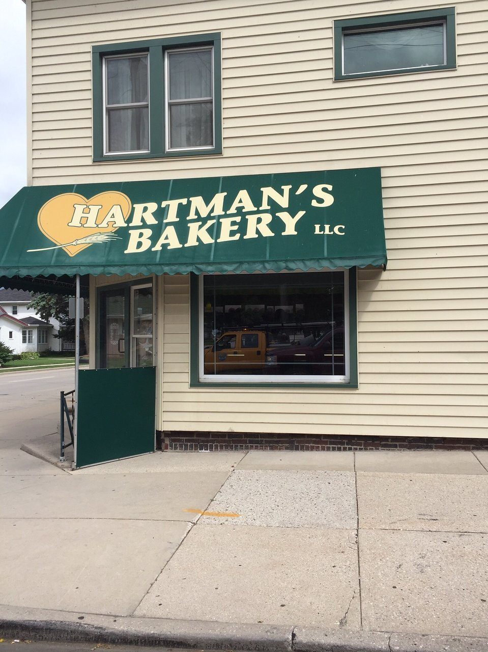 Hartman`s Bakery and Pastry Shoppe