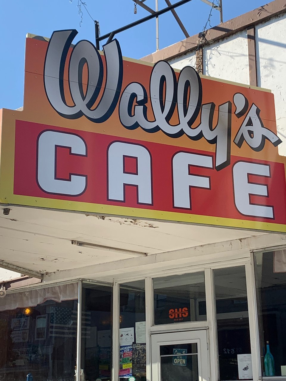 Wally`s Cafe